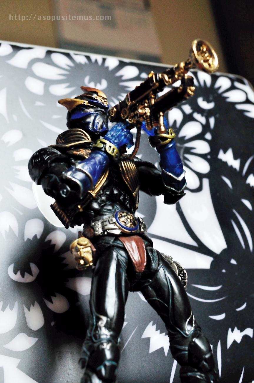 Foto Figur Kamen Rider Ibuki