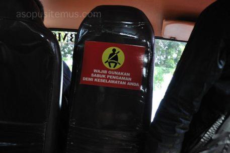 gunakan sabuk pengaman travel Xtrans