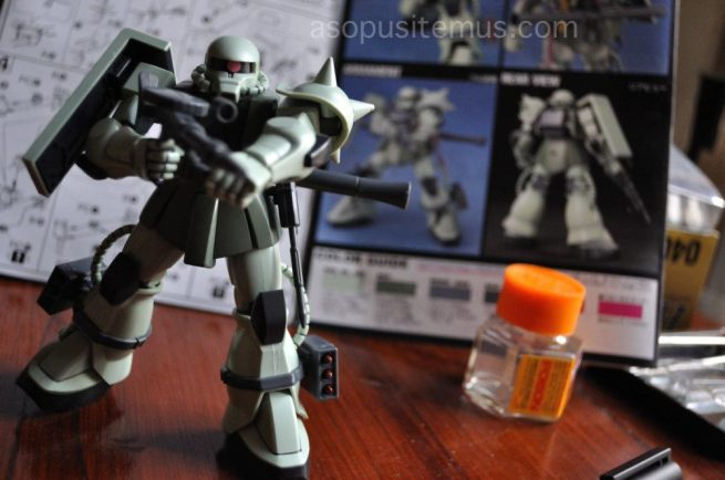 MS-06 Zaku II Gundam Plastic Model