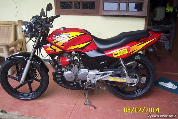 sepeda motor honda tiger 2000